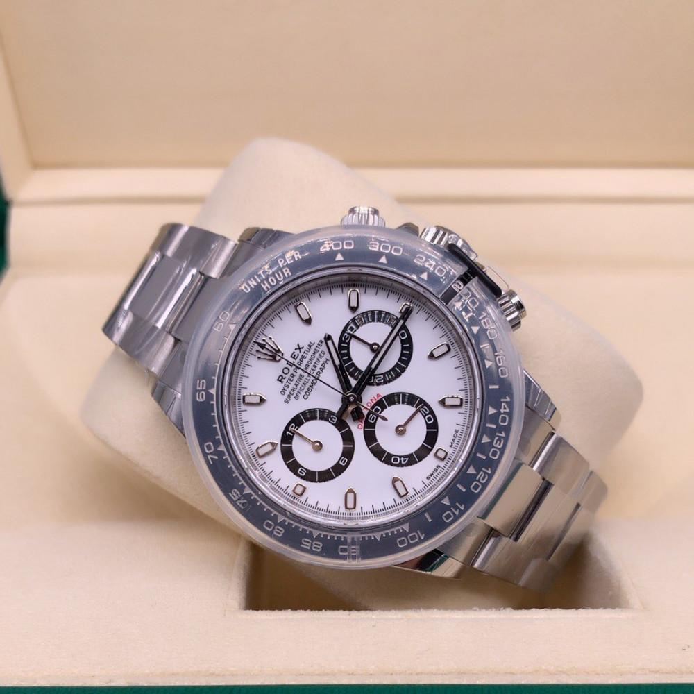 ساعة رولكس كوزموغراف دايتونا الأصلية