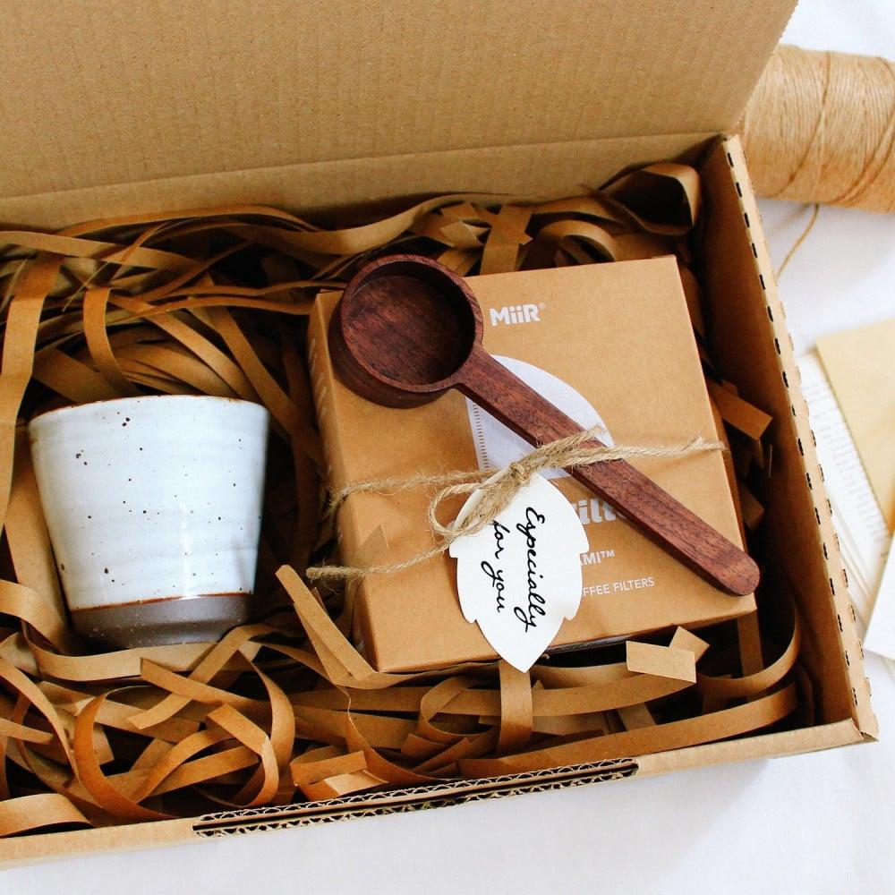 هدية جاهزة لون أسود أجندة 2021 هدية تخرج محل هدايا Gift Boxes متجر
