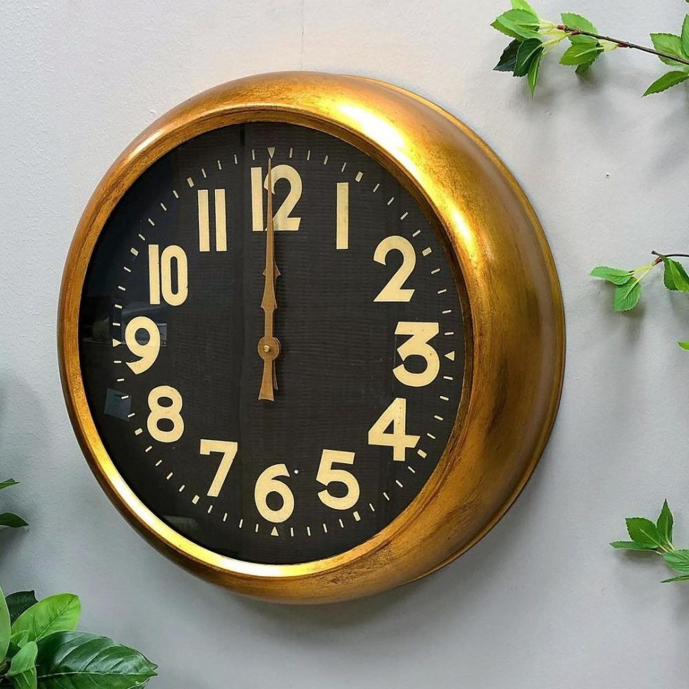 ساعة حائط حديد انتيك ساعات ساعة انتيك اطار ذهبي جدار