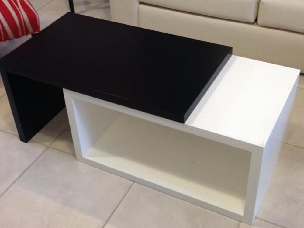 طاولة  تقديم
