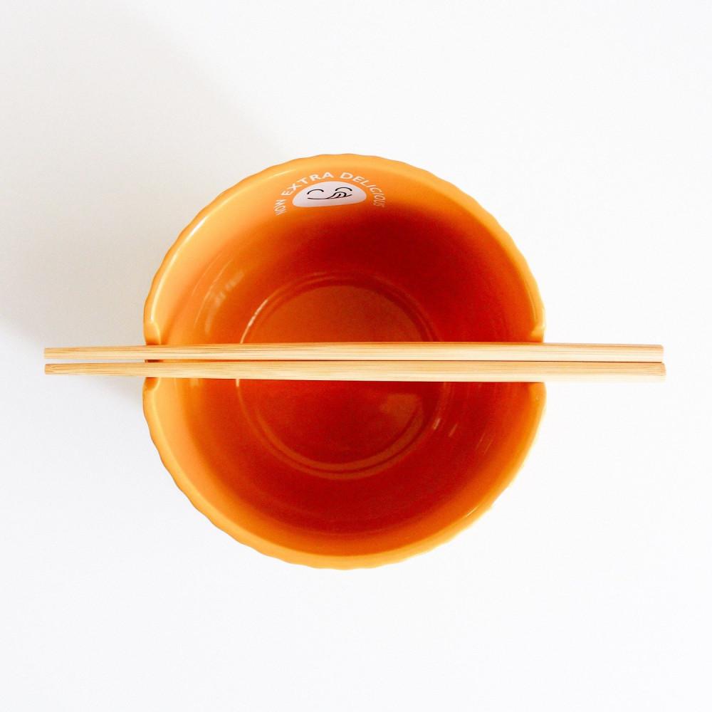 وعاء  للنودلز  أعواد أكل آسيوية اندومي نودلز ياباني دكبوكي عمل الرامن