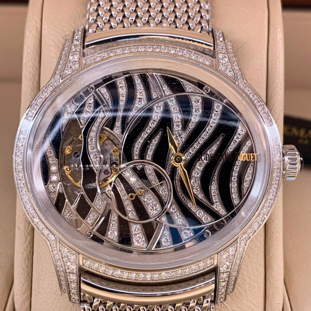 ساعة اوديمار بيجيه زيبرا الأصلية الثمينة