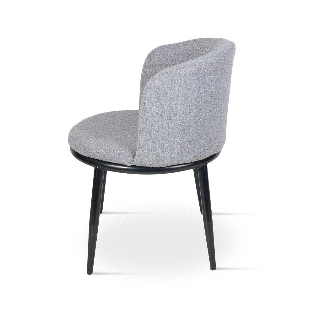 زاوية جانبية للكرسي الأنيق من طقم 2 كرسى رمادي فاتح في مواسم