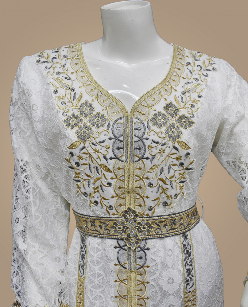 فستان فتون بنت البلاد Bint Al Bilad