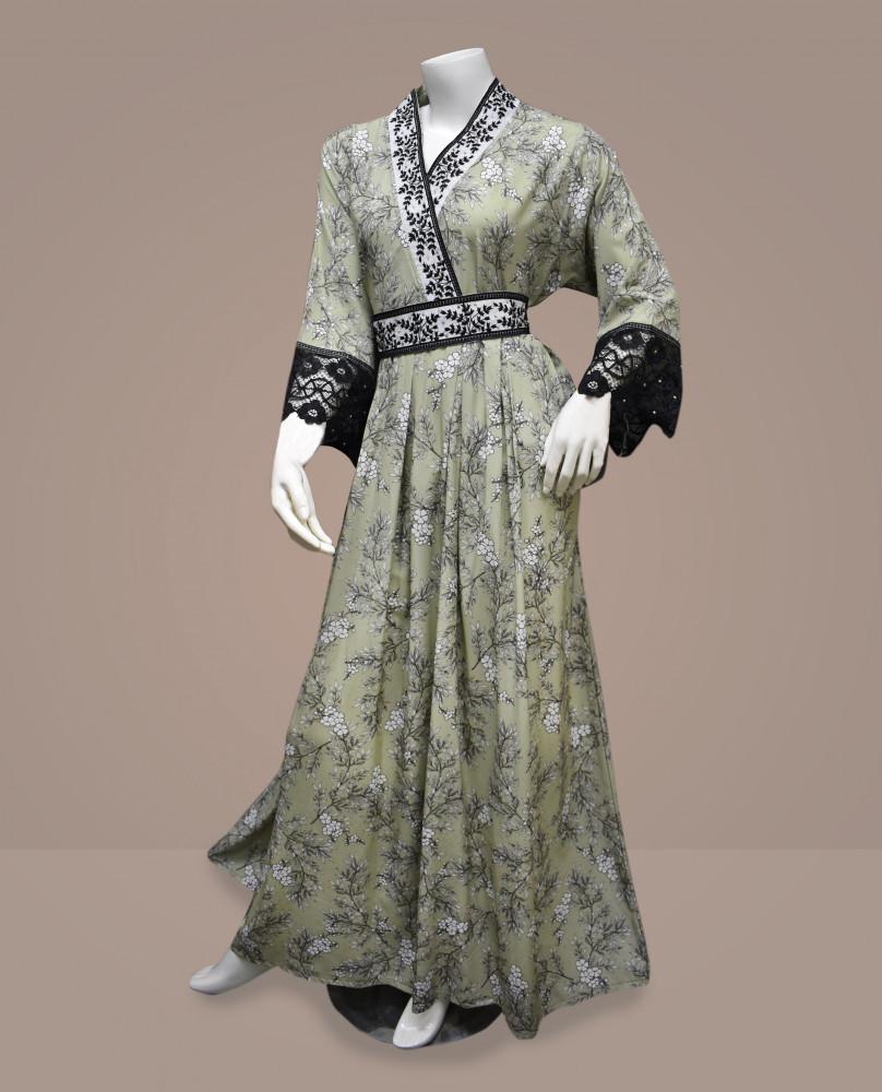فستان كاميليا بنت البلاد