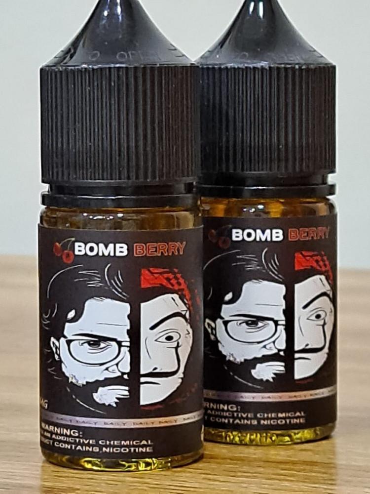 سولت خليط الكرز من رايب فيبس Bomb berry ripe vapes 30 mg