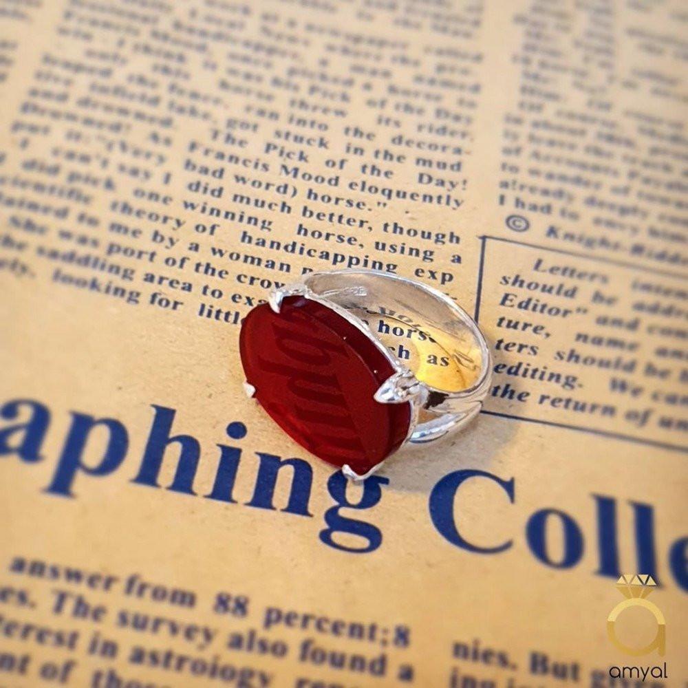خاتم ملكي راقي بحجر أونكس أحمر أنيق