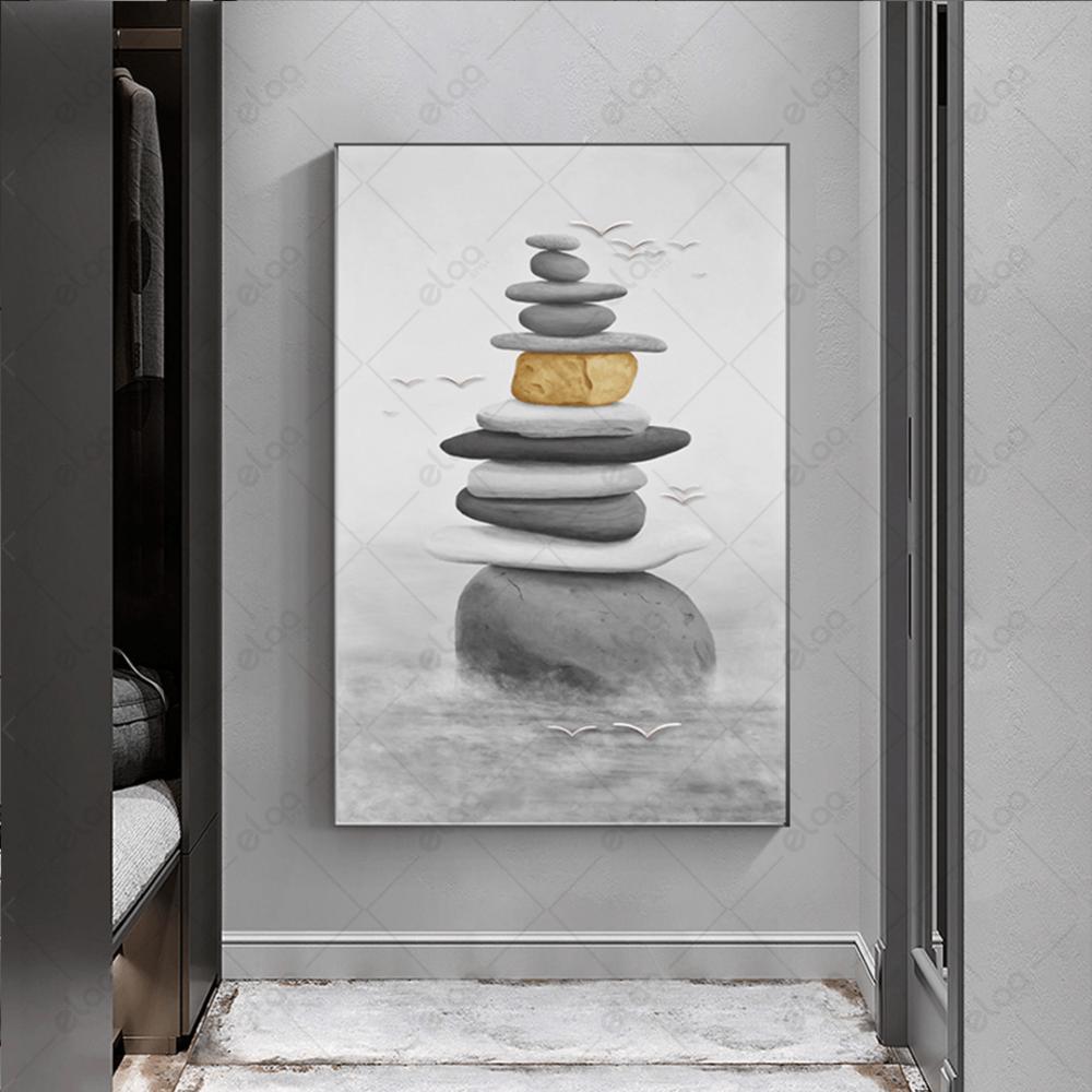 لوحة فنية منظر طبيعي لأحجار مرصوصة باللون الرمادي والاصفر الانتقائي