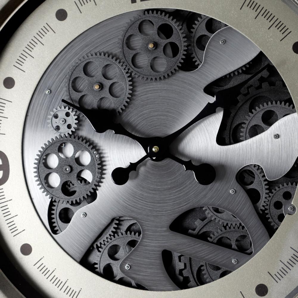 صور  ساعة حائط أنتيكة موديل ايفري منث دائرية بتروس صناعة معدنية قديمة