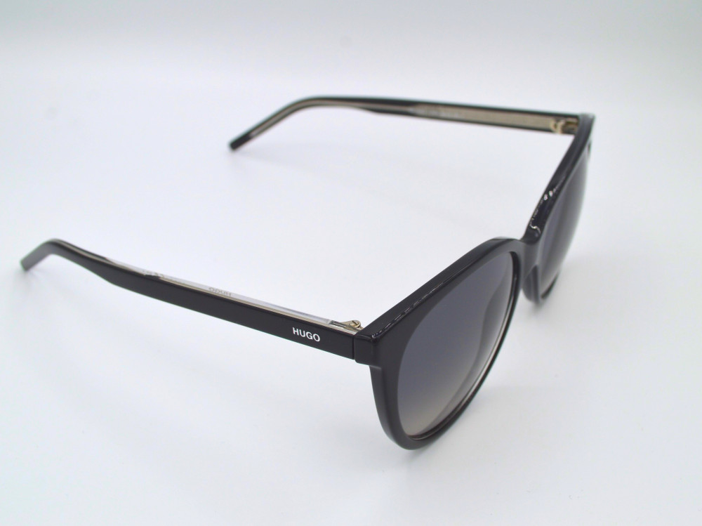 هوغو بوس HUGO BOSS نظارة شمسية نسائية لون العدسة اسود مدرج