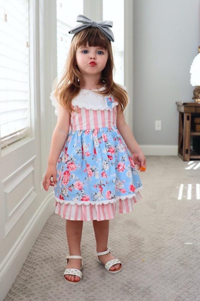 فستان-خطوط-وردية-اسباني