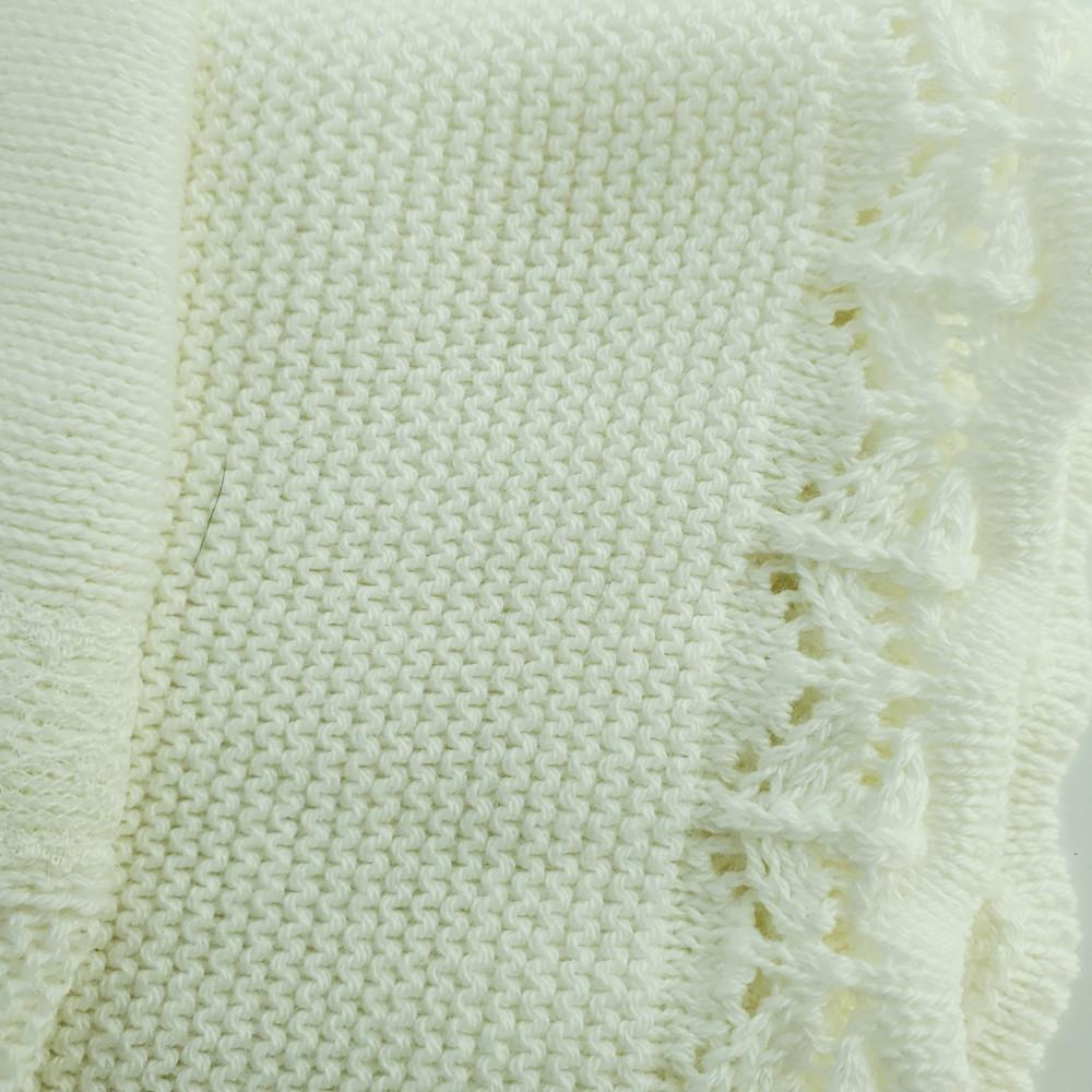 بطانية باللون البيج من ماركة Foque  من دوها