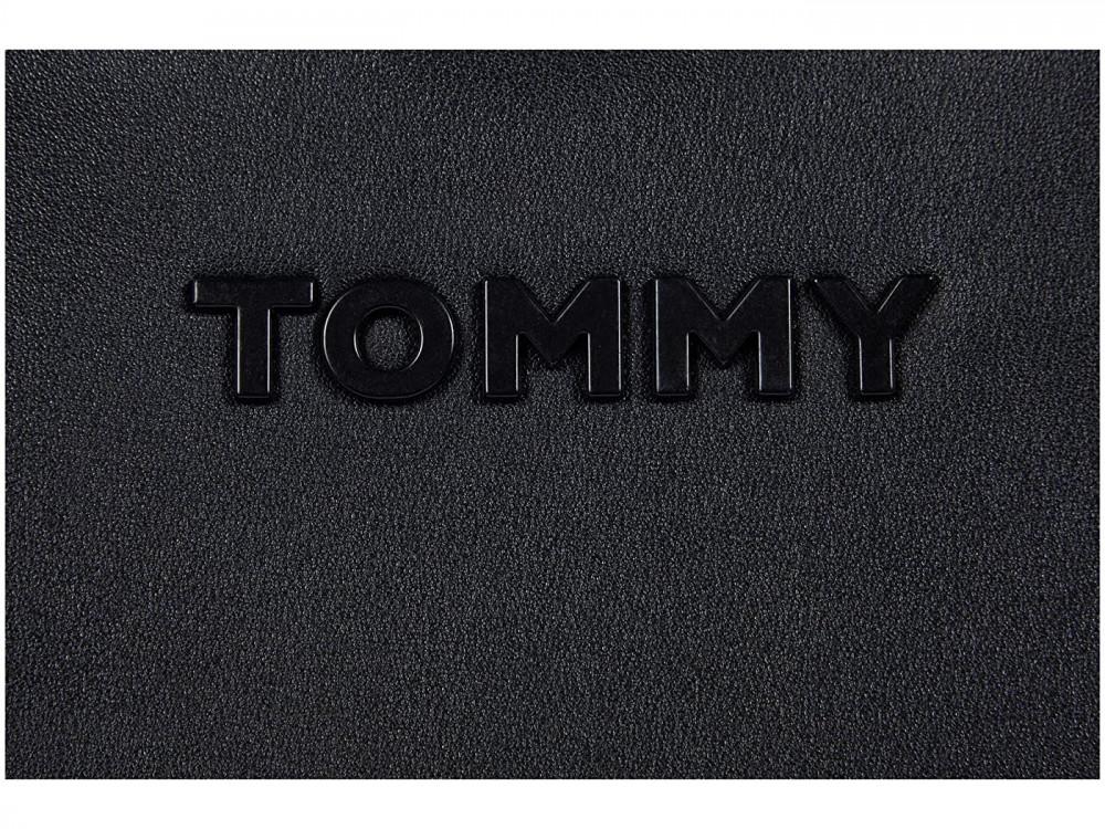 سعر شنطة تومي هيلفيغر نسائي - متجر كيوت ستور