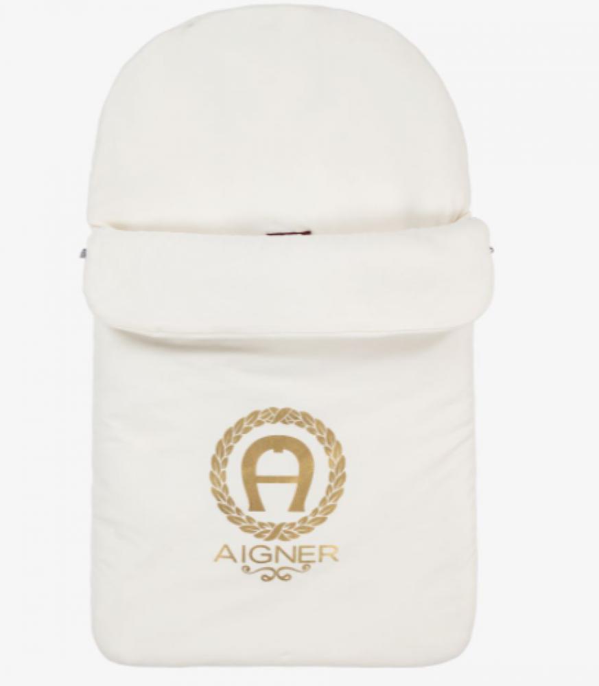 غطاء واقي من البرد لحديثي الولادة باللون البيج ماركة  Aigner من دوها