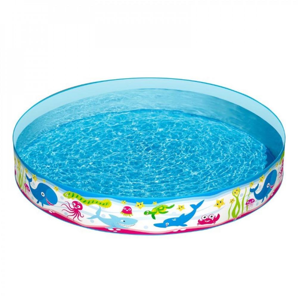 ألعاب مسبح للكبار