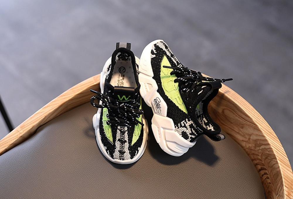 أحذية أطفال  متجر ملابس  متجر   ملك