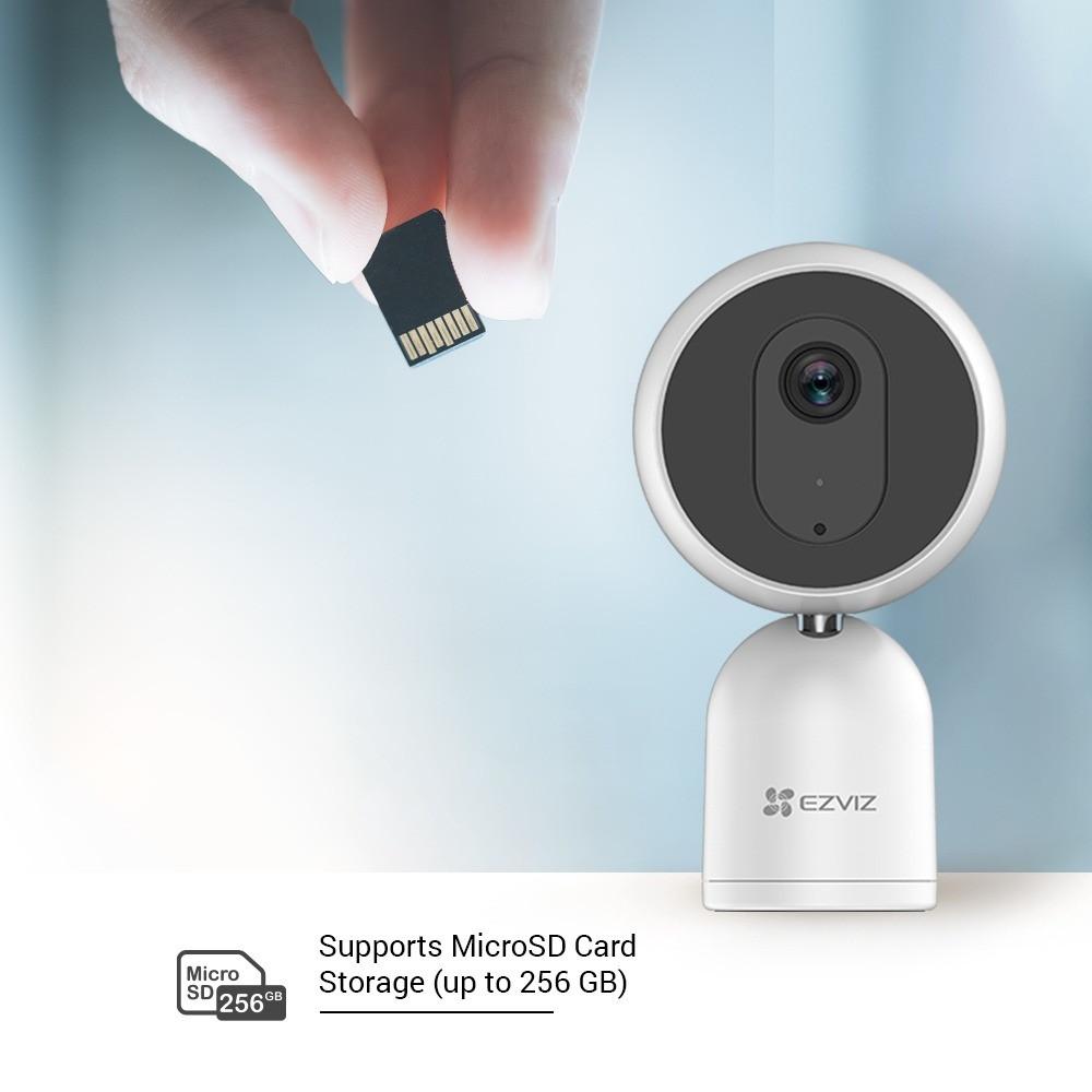 كاميرا مراقبة منزلية للاطفال