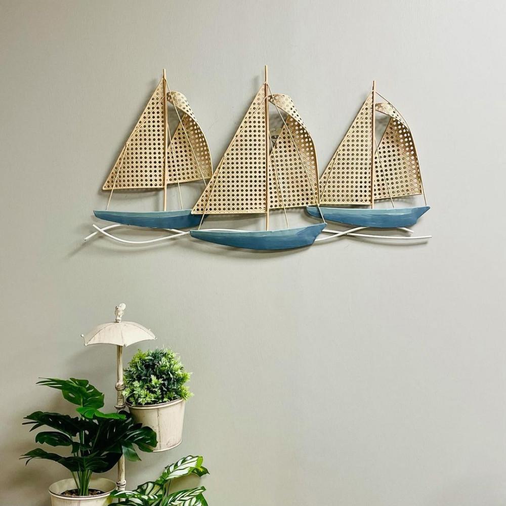 لوحة جدارية حديد لقوارب شراعية ازرق وبيج لوحات جدارية ديكور بحريات