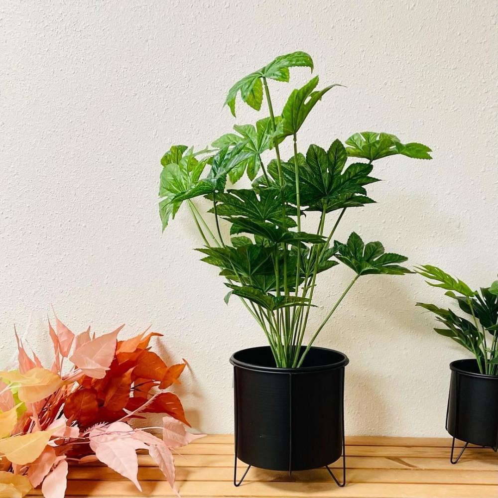 مركن حديد بقاعدة سودا نباتات زينه ومراكن ديكورات المنزل زرع صناعي ملون