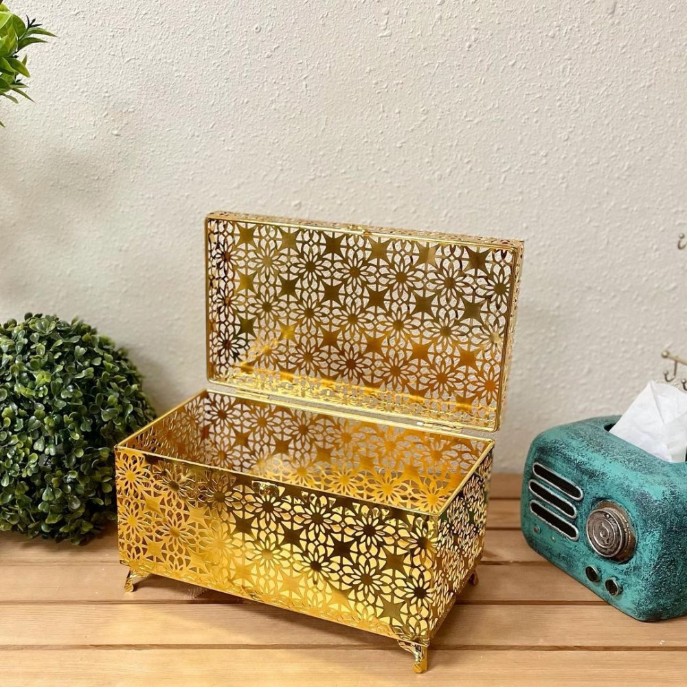 صندوق حديد ذهبي تحف وهدايا صندوق شوكولا رمضان صندوق عيد ذهبي