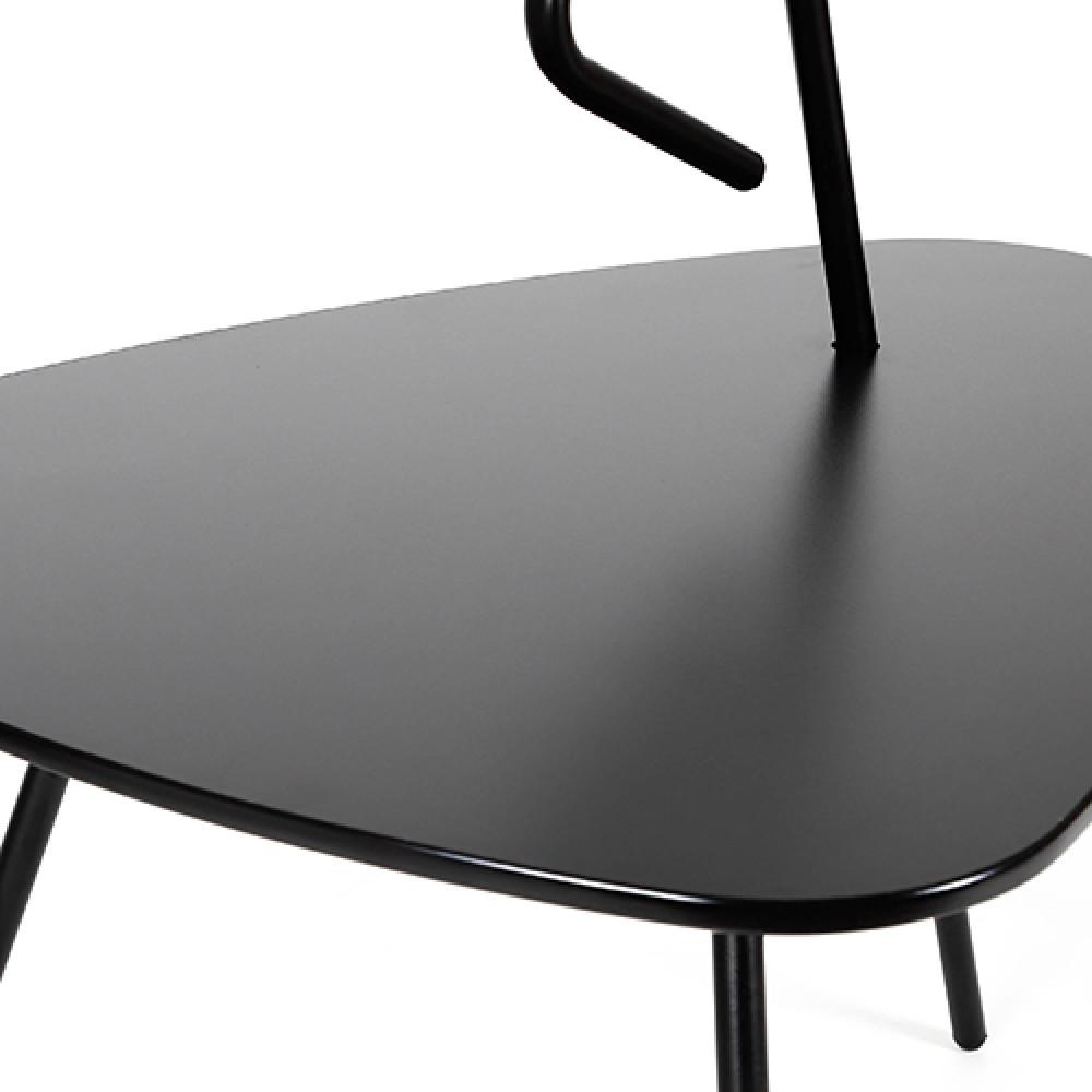 طاولة خدمة موديل روك سوداء من متجر مواسم لها مقبض و3 أرجل حديدية صلبة