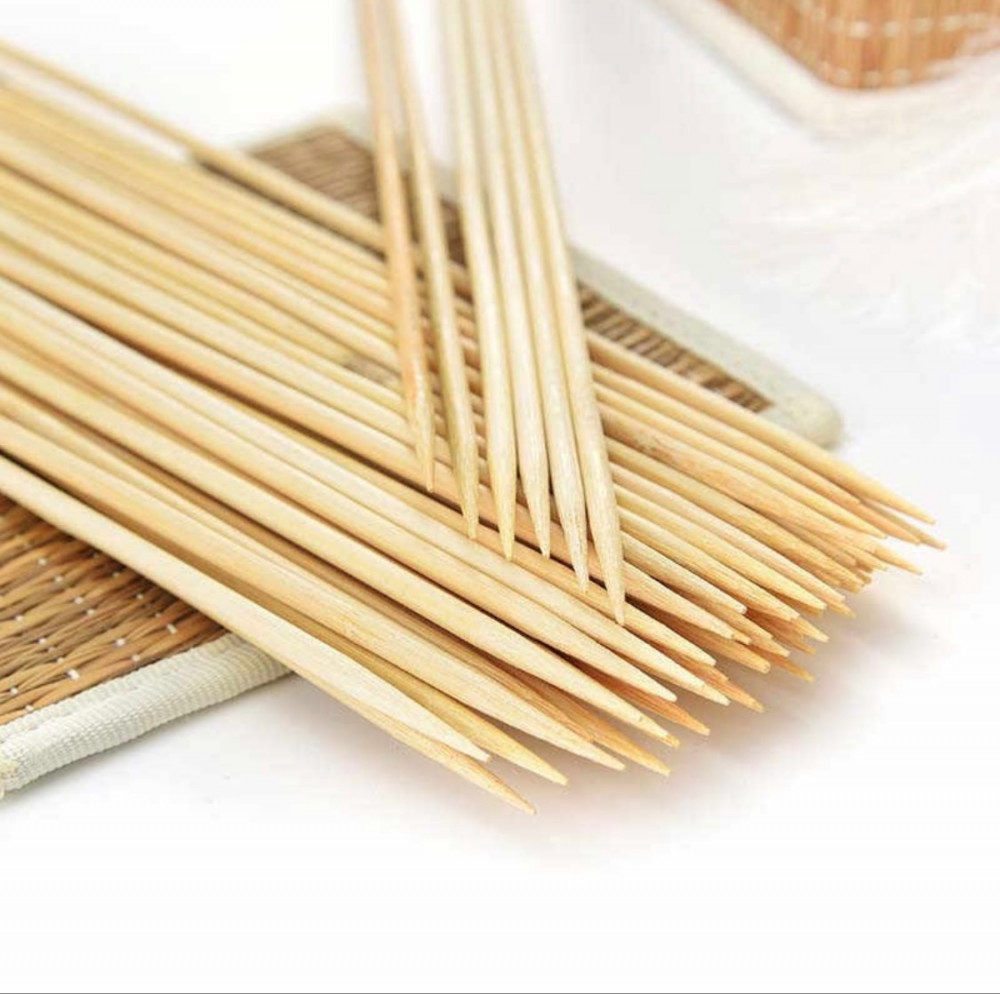 اعواد خشبية للمشويات والاكل والماكولات