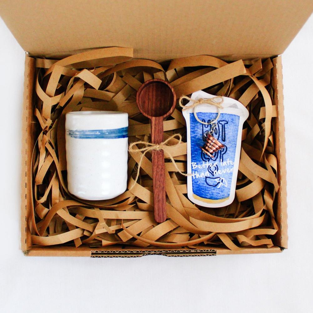 هدية جاهزة صندوق هدية كوب قهوة سيراميك ميداليات قهوة أفضل منصة هدايا