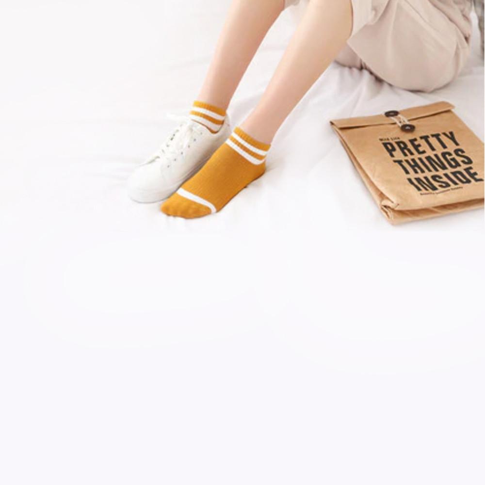 شراريب محل جوارب جوارب ملونه سوكس شرابات جوارب نسائية جوارب رجالية