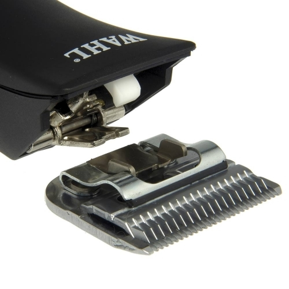 مكينة حلاقة من  WAHL KM2