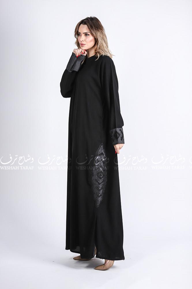 عباية بكم صفطه بتطريز أسود قماش ملكي و شانتون