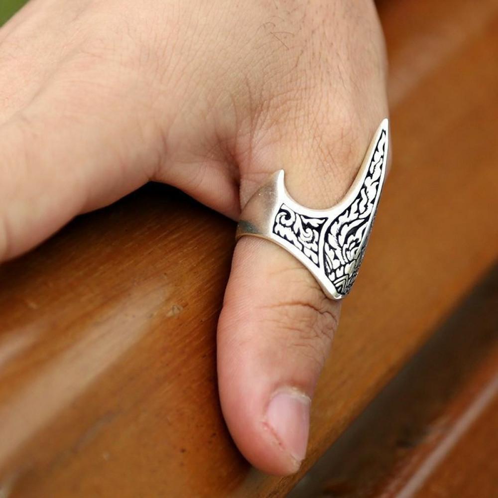 خاتم فضة بنقش مميز
