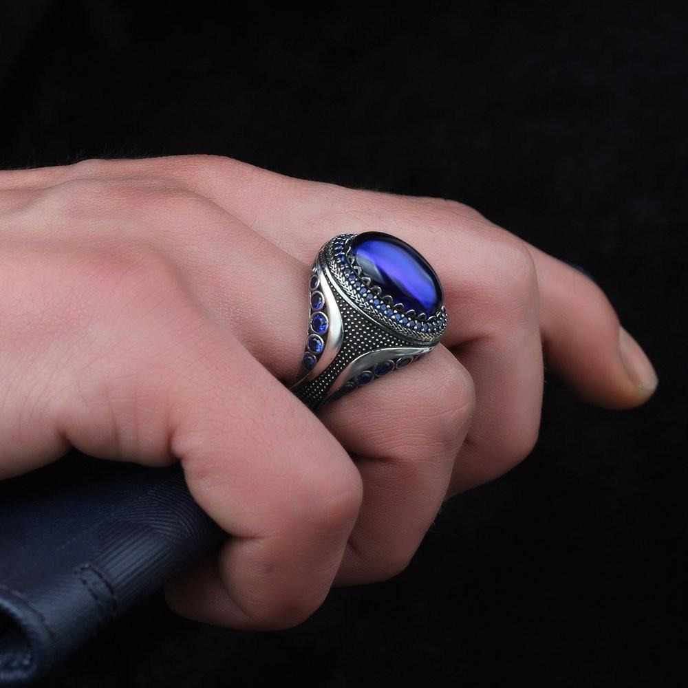 خاتم رجالي راقي بصياغة مميزة من الفضة الخالصة