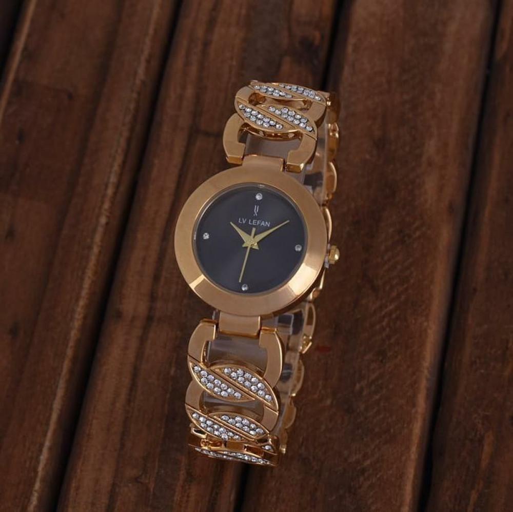 ساعة نسائية راقية ضمان سنتين