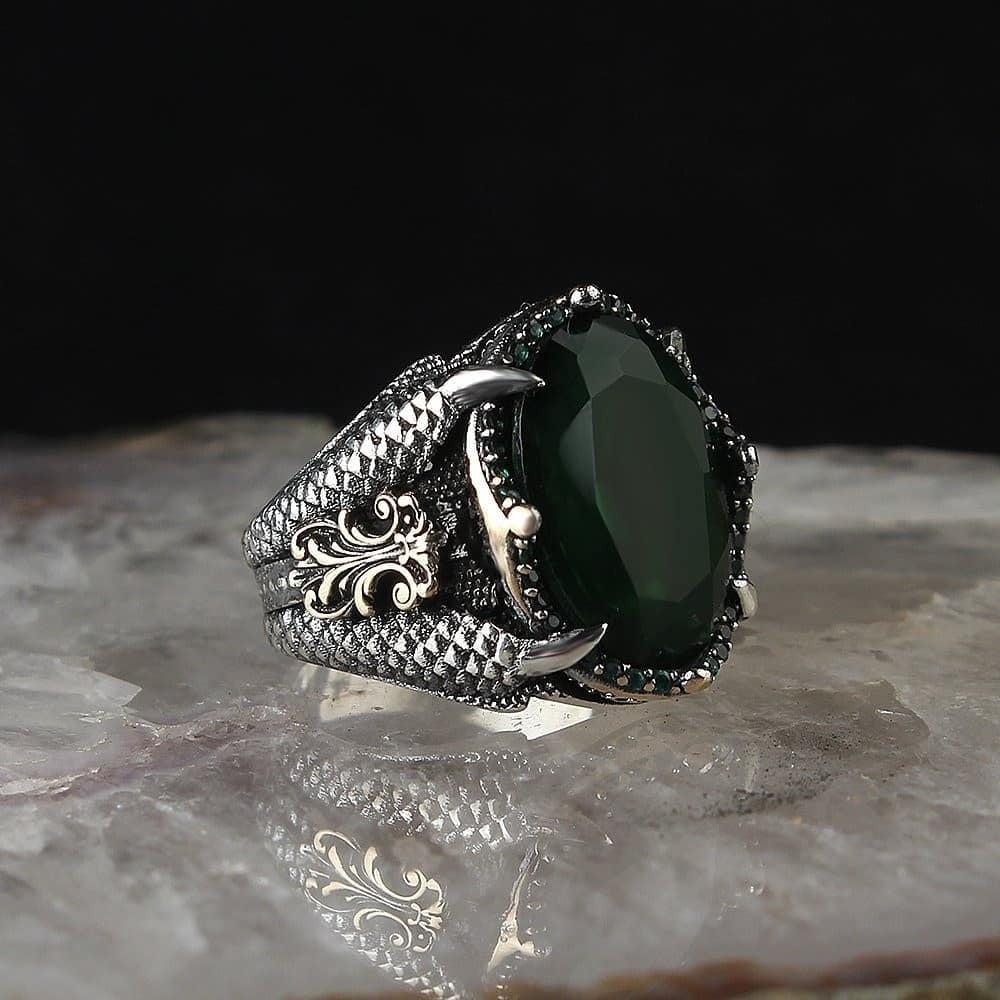 خاتم راقي من الفضة الخالصة بتصميم جديد