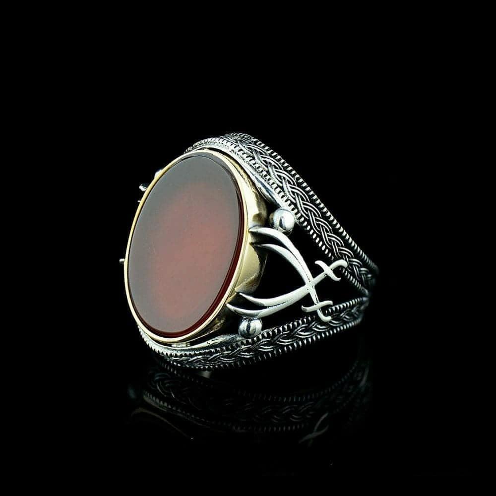 خاتم من الفضة الخالصة بصياغة مميزة
