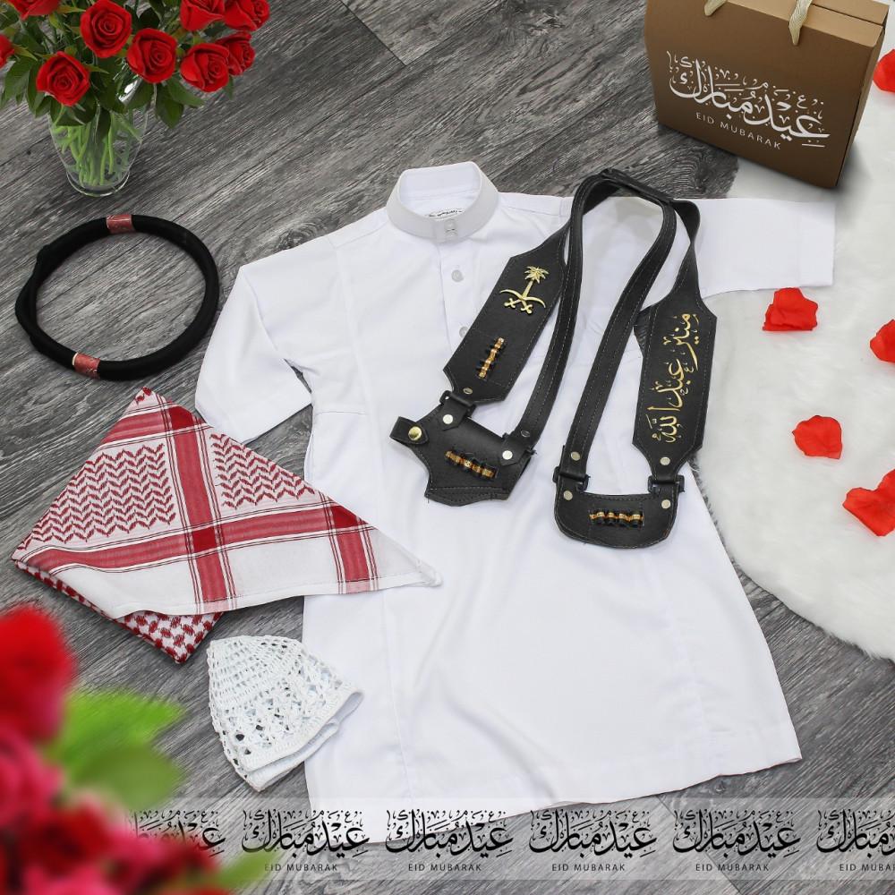 أطقم ولادية راقية مع إكسسوارات مميزة