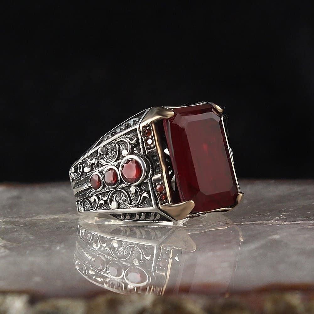 خاتم فضة خالصة بحجر زركون أحمر أنيق