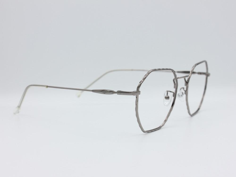 نظارة طبية من ماركة T سداسية مع عدسات بحماية لون الاطار فضي نسائية2021
