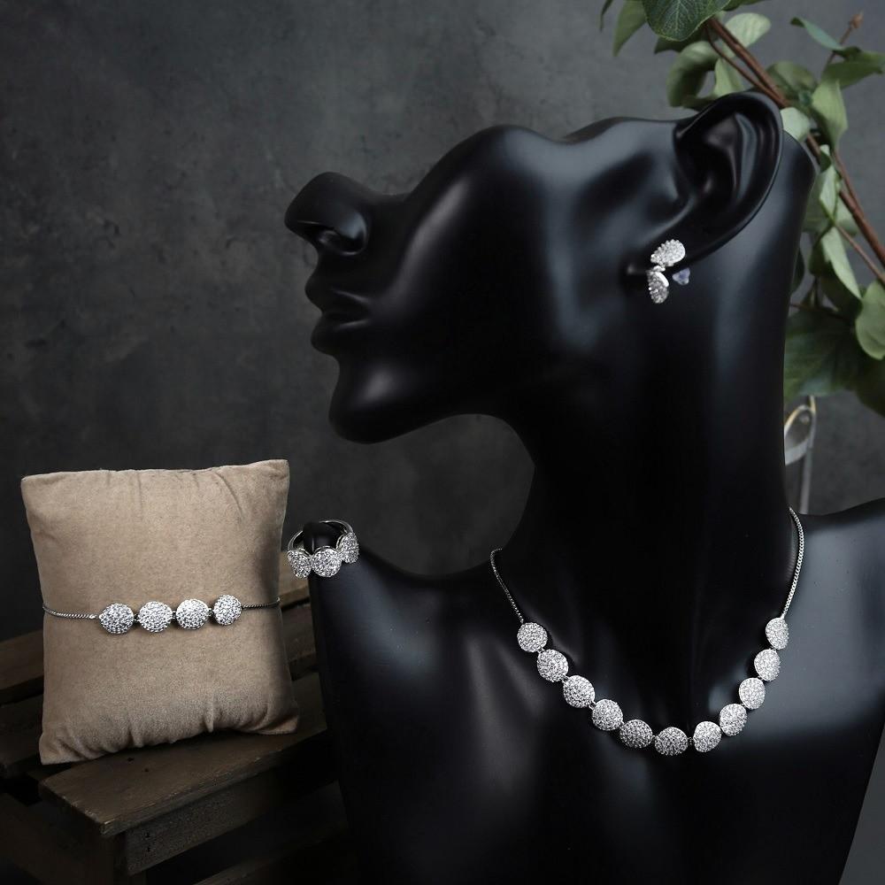 طقم مجوهرات فضي