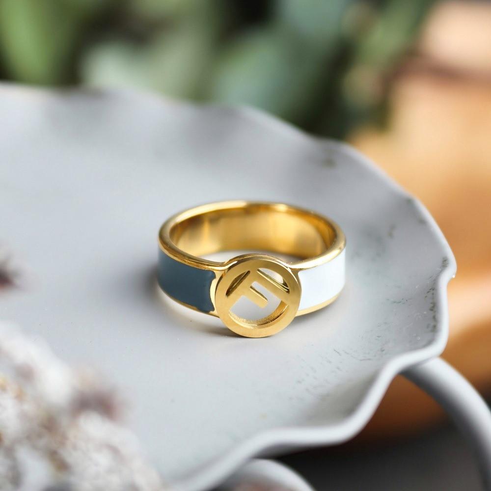 خاتم فندي اخضر