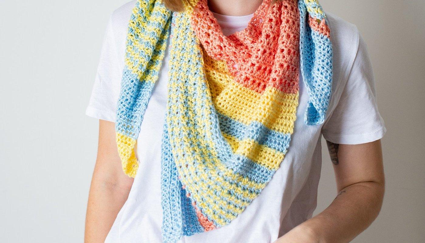 Tri-Color Shawl الخيط المستخدم Truboo yarn
