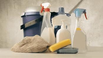 منظفات وأدوات التنظيف