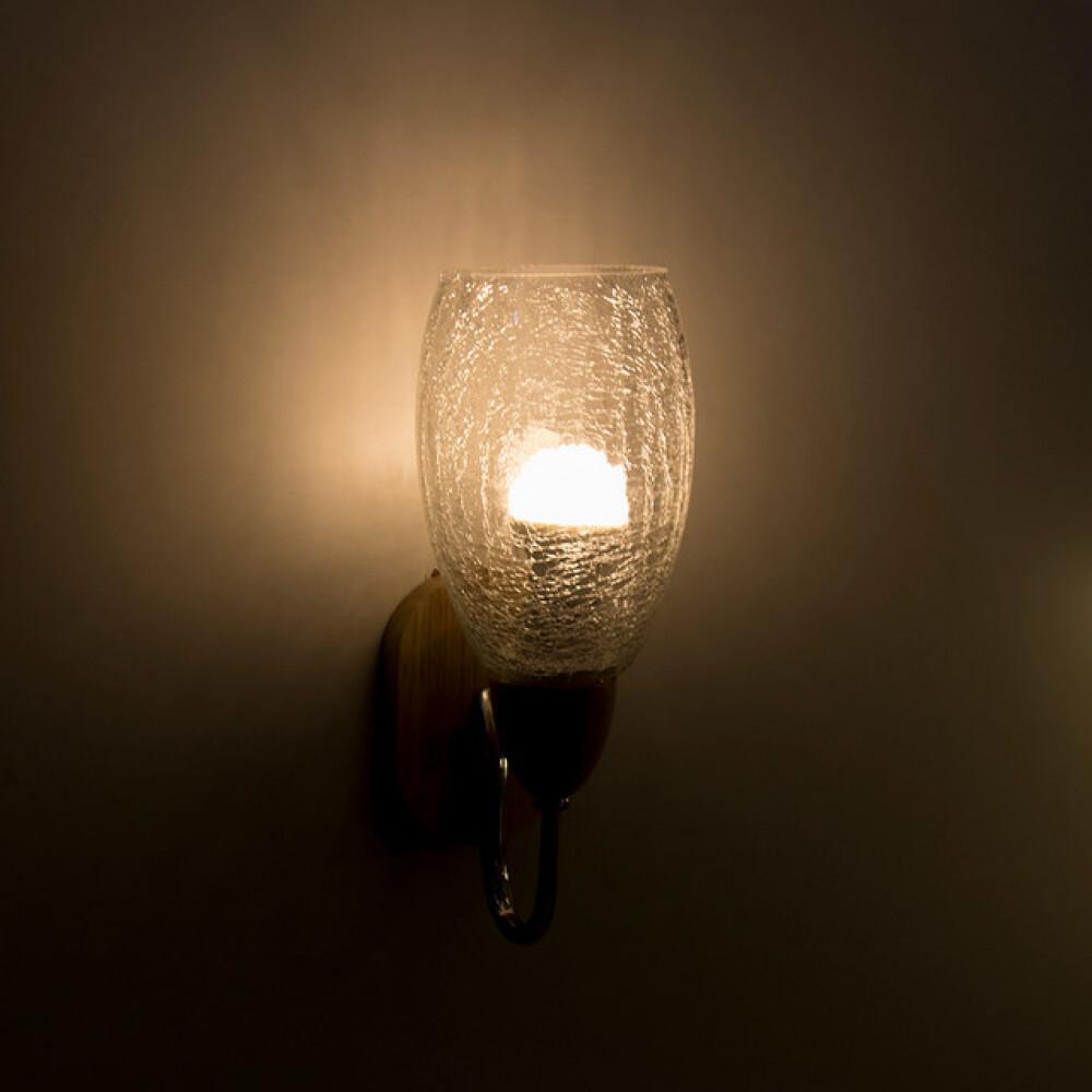 إضاءة حائطية خشبية مفرد مع زجاج شفاف - فانوس
