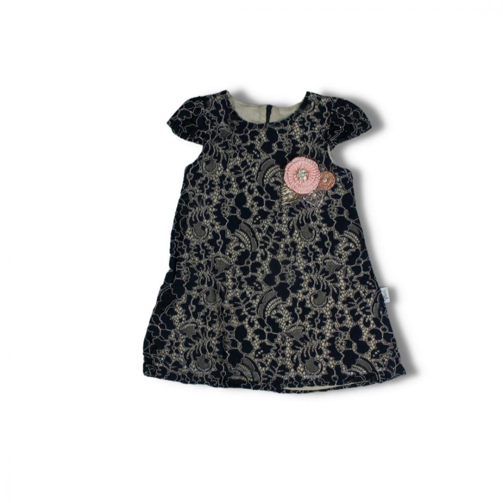 فستان أسود للاطفال