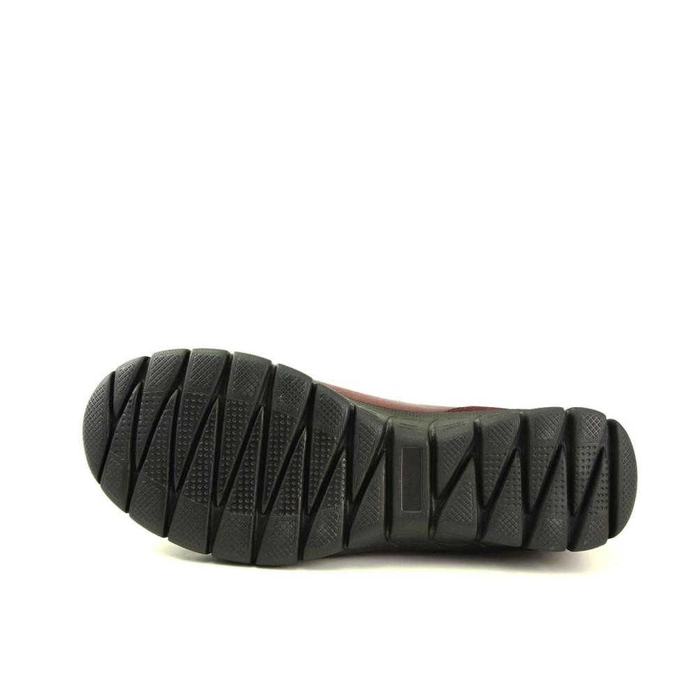 حذاء مريح جلد بني نسائي