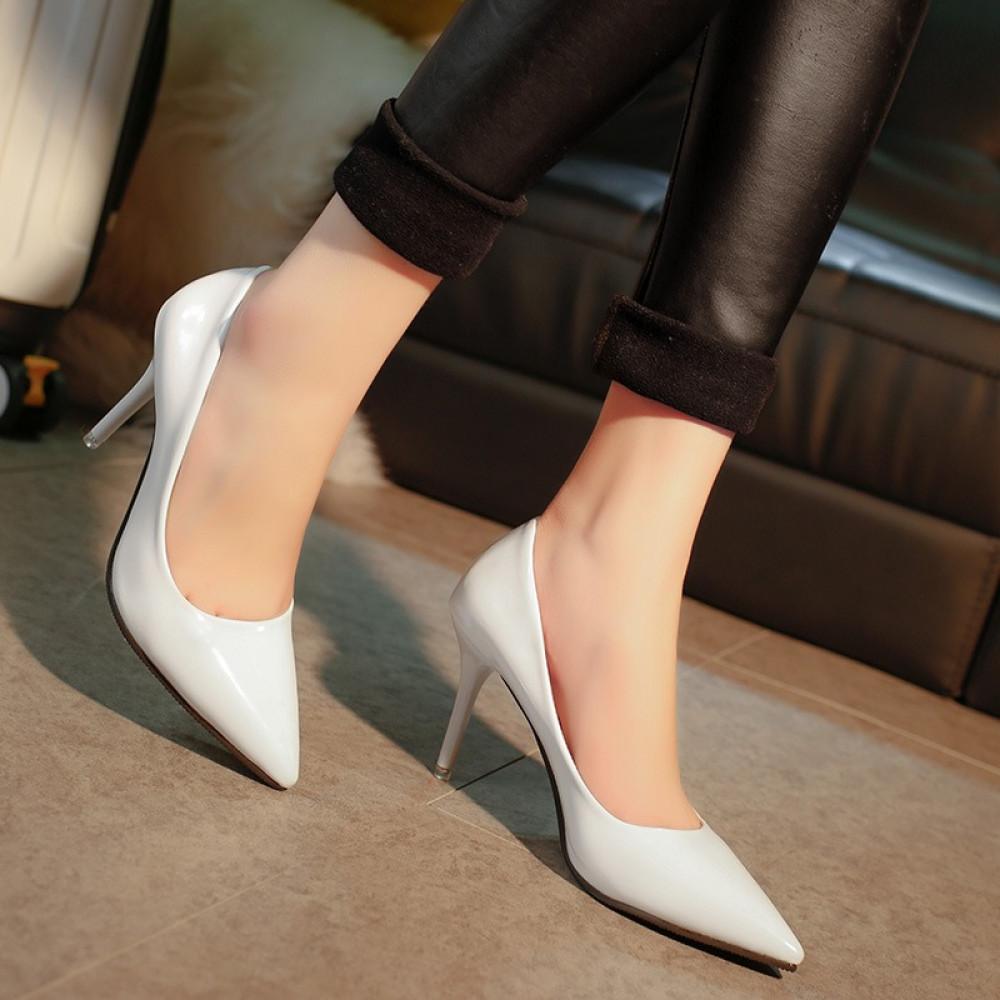 حذاء بكعب عالي أبيض كلاسيكي ناعم - متجر تواجد