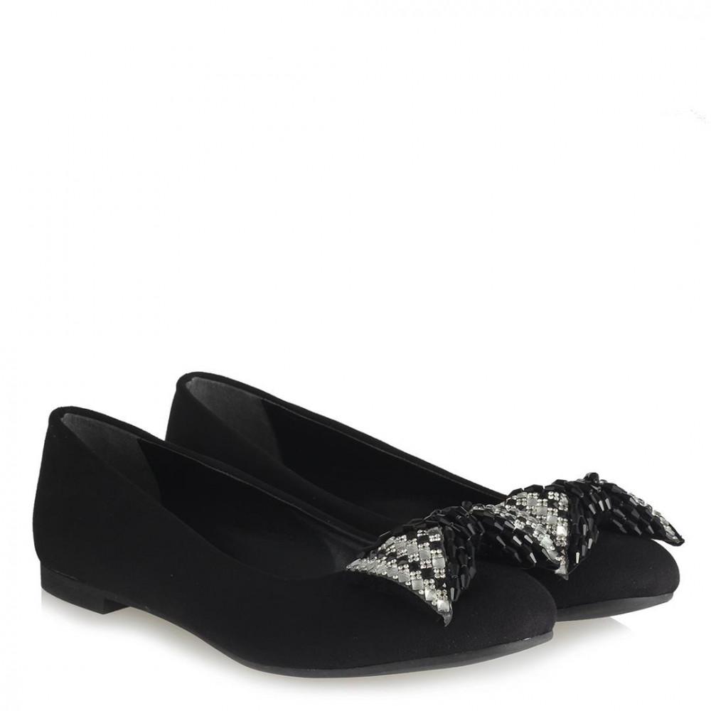 حذاء فلات جلد سويدي أسود بفصوص بيضاء نسائي