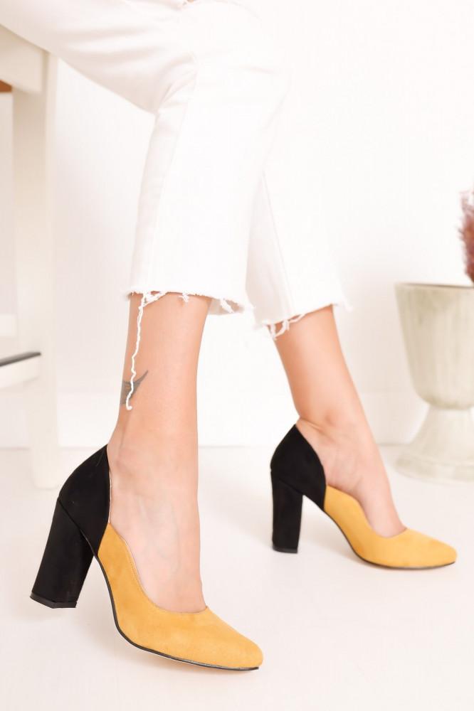 حذاء جلد سويدي أصفر غامق أسود بكعب نسائي