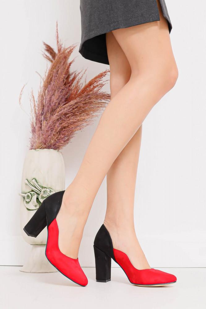 حذاء جلد سويدي أحمر أسود بكعب نسائي