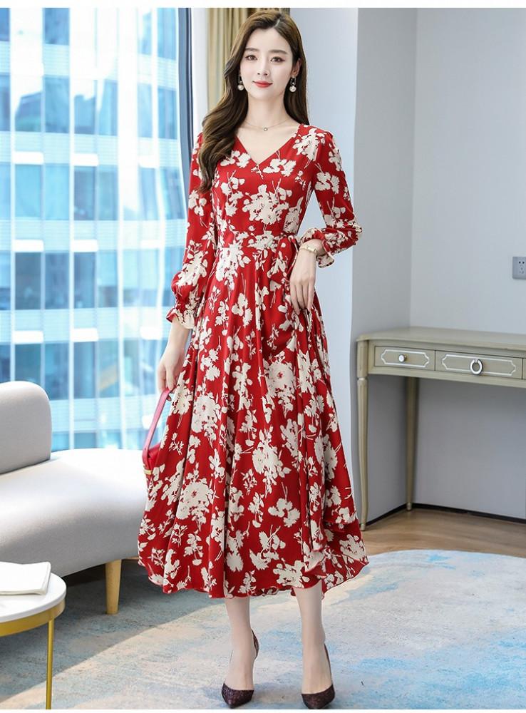 فستان أحمر طويل مزين بنقشة الزهور - متجر تواجد